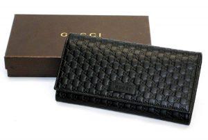 イタリアのグッチ アウトレットで購入した財布と箱