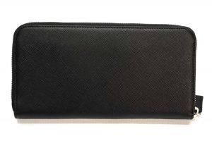 プラダのアウトレット 財布