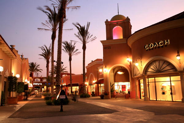 ラスアメリカス・プレミアム・アウトレットの店舗